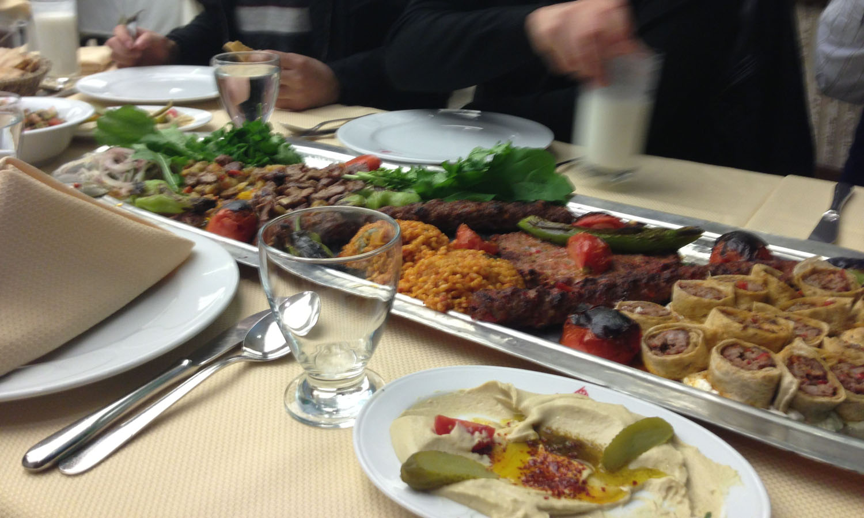 Akdeniz hatay sofrasi musafireen for Akdeniz turkish cuisine